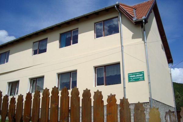malnas-iskola-2EB1E0305-1C3E-0916-577F-6C49F523D594.jpg